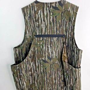 Other - Men's Walls Camo hunting vest Sz S/M regular chest